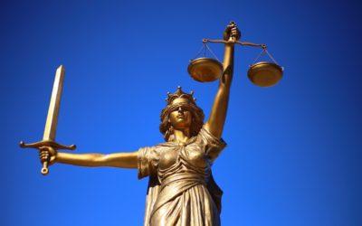 W czym może nam pomóc radca prawny? W jakich kwestiach i w jakich sferach prawa pomoże nam radca prawny?